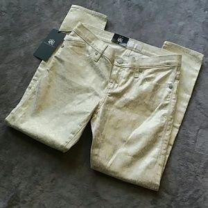NWT Rock & Republic women's size 4 skinny jeans